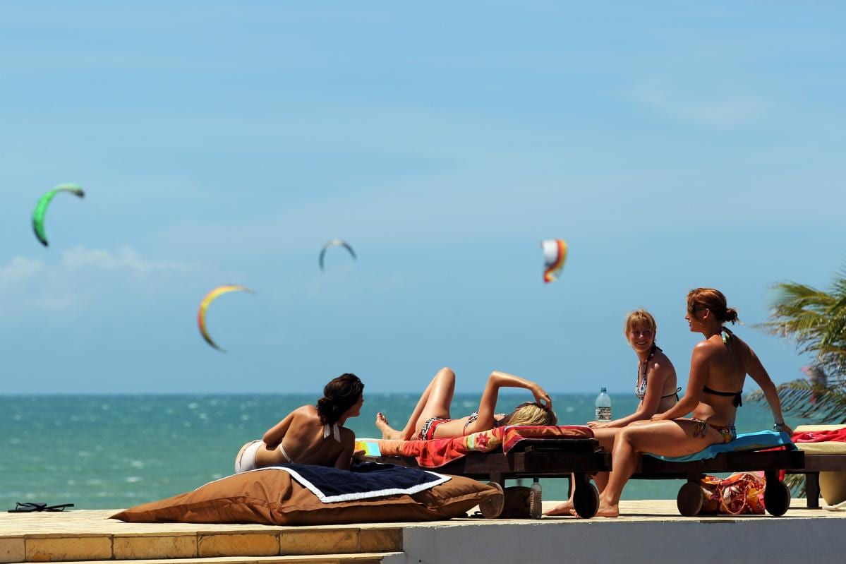 Kitesurf on the beach | Windtown Cucumbo